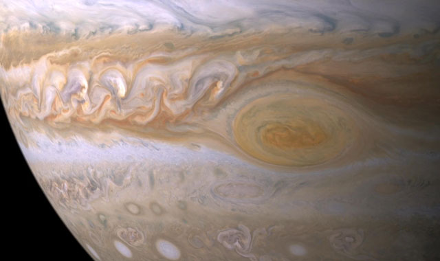 water-clouds-on-jupiter-great-red-spot